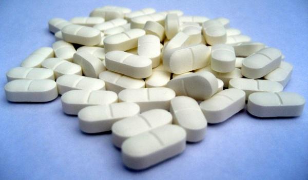 puedo tomar paracetamol y metamizol sodico juntos